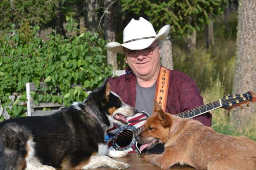 Singin' Sam with dogs